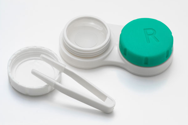 http://www.thetimesgazette.com/contact-lenses-poor-hygiene-and-lens-care-habits-put-about-41-million-users-at-risk-of-bad-infection-says-cdc/6477/