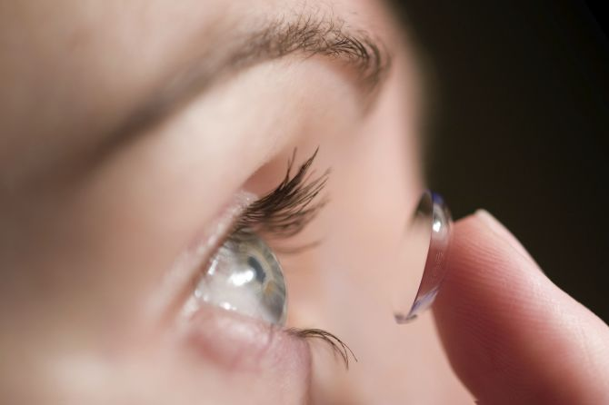 8 Points To Keep In Mind With Contact Lens