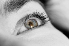 7 Easy Exercises To Strengthen Your Eyes Muscles Naturally